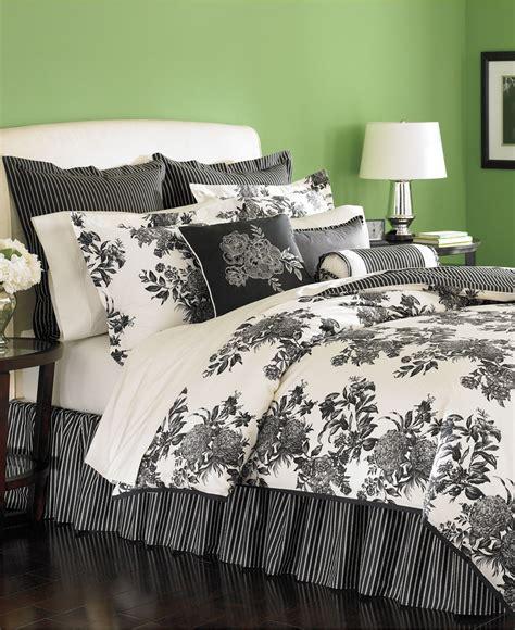 martha stewart bedding martha stewart midnight trellis 6 piece queen comforter