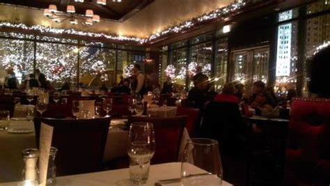 chicago steak houses christmas time decor picture of chicago cut steakhouse chicago tripadvisor