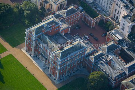 marlborough house aerial view aerial view of marlborough house london jason hawkes