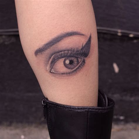 eyeball tattoo in usa amy winehouse eye tattoo by justin jakus yelp