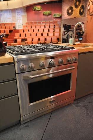 rachael ray kitchen appliances 38 best images about appliances on pinterest stove