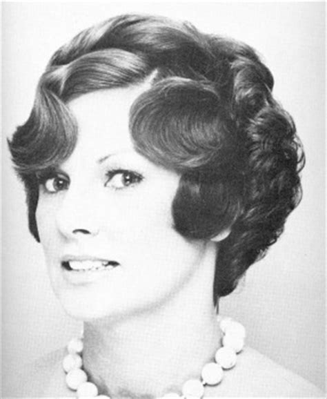 short 70s hairstyle