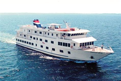 best small cruise ships
