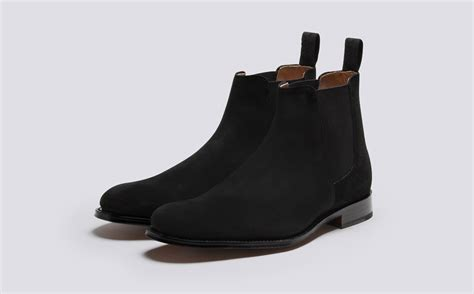 declan s chelsea boot in black calf leather with a