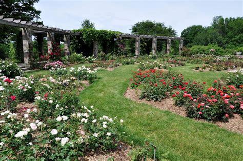 Milwaukee Area Parks Great Outdoor Spots For Photos Milwaukee Botanical Gardens