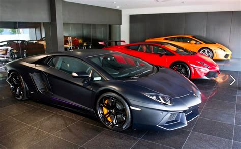 lamborghini garage automotive