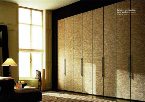 Glass Door Wardrobe Designs by Wardrobe Door Laminate Design Amazing Laminate Furniture
