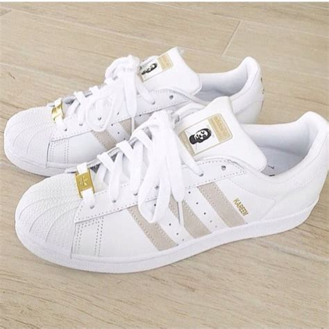 Sepatu Adidas Superstar Gold shoes home accessory low top sneakers adidas white sneakers gold adidas supercolor