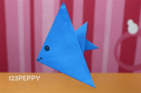 Paper Folding For Kindergarten - how to make a paper fish 123peppy