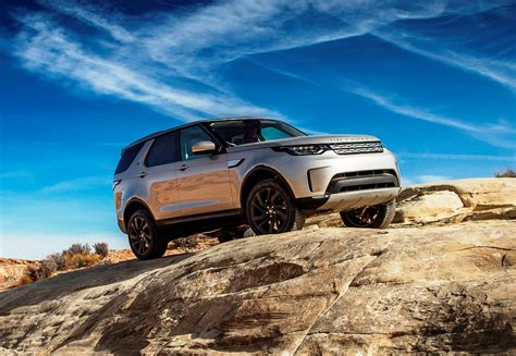 2017 land rover discovery to be priced from rs 68 05 lakh