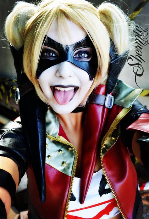 harley quinn cosplay shermie hee hee selfie  victor hugo