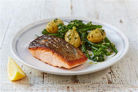 cuisine oliver 10 twists on s salmon pesto dressed veg