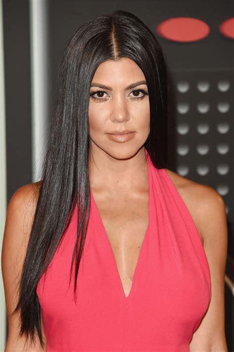 kourtney kardashian kourtney kardashian at mtv video music awards 2015 in los