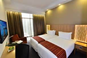 Bathroom Smart Tv Deluxe Room Hotel Grand Central Limited
