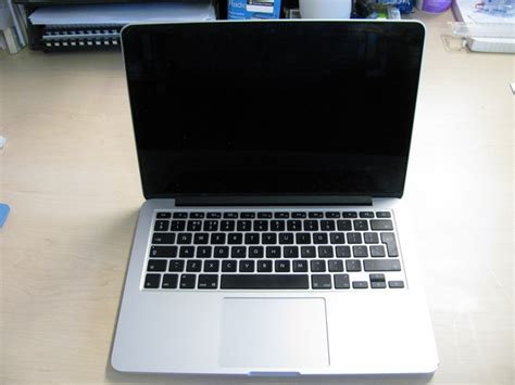 Laptop Apple A1502 apple macbook pro model a1502 14 5 laptop computer with charger note this item has a s