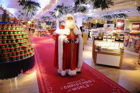Christmas Decorations Inside The House by Christmas Arrives 151 Days Early As Santa Opens The