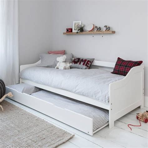 Daybed With Pull Out Bed Best 25 Trundle Beds Ideas On Pinterest Trundle Bed White Trundle Bed And Farmhouse