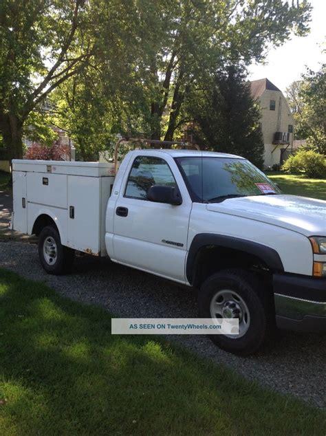 2005 chevrolet utility truck