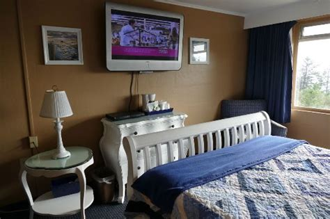 Seacrest Is In Bed With by Seacrest Motel Room Bed Picture Of Sea Crest Motel Port