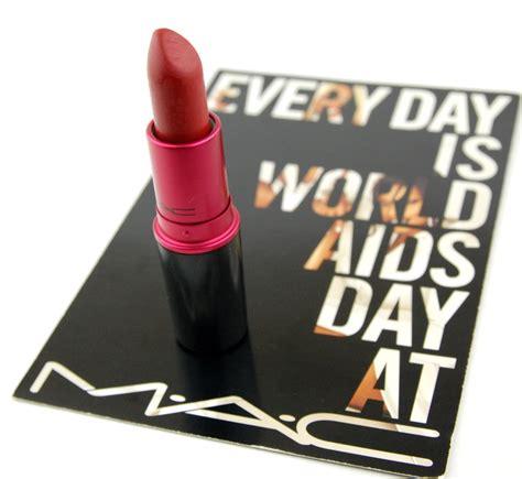 Eyeliner Viva mac cosmetics viva glam i lipstick world aids day