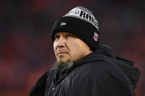 sebastian janikowski plans to keep kicking for raiders