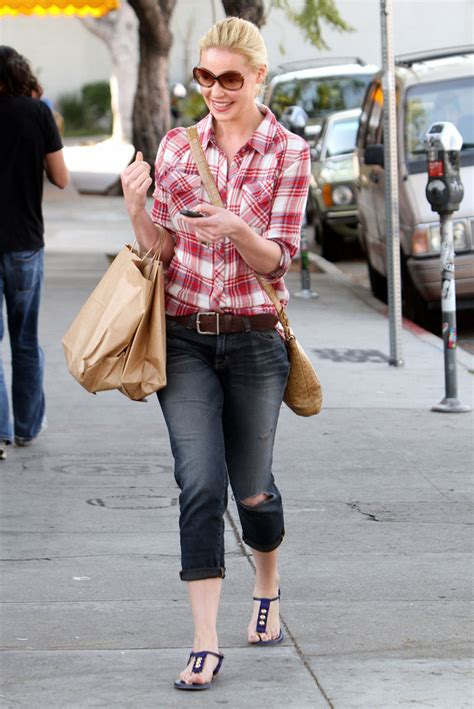 Style Katherine Heigl Fabsugar Want Need 4 by More Pics Of Katherine Heigl Flat Sandals 1 Of 30
