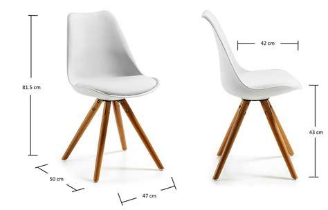 chaise coque blanche chaise achat chaise coque design blanche pieds bois