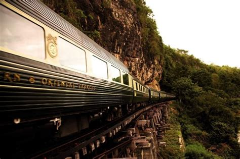 Singapore Airlines Orient Express Of The Skies by Eastern Express Bangkok To Singapore