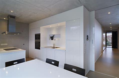esszimmer zwickau hochglanz und beton esszimmer in puristischem stil