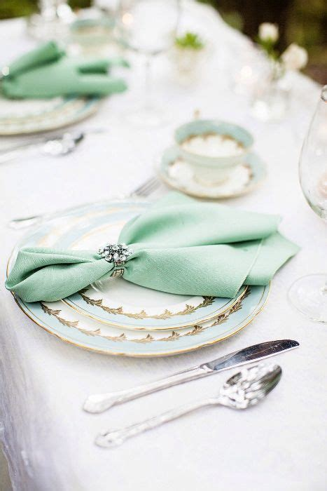 How To Fold Paper Napkins For A Wedding - 10 ideas for wedding napkins napkin holders napkins and