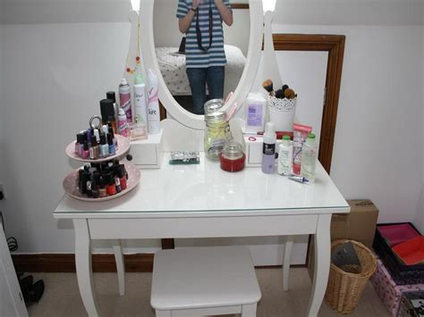 Makeup Table Ideas Amazing Ikea Vanity Makeup Table In Home Decorating Ideas With Ikea Vanity Deco