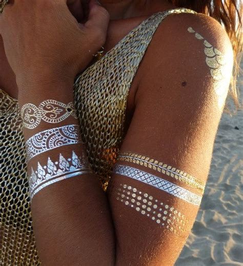 metallic tattoo 25 best ideas about gold on flash tats