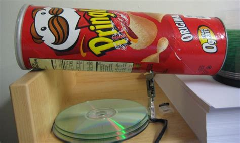 survival communications after a collapse quot pringles and broadband routers could create a