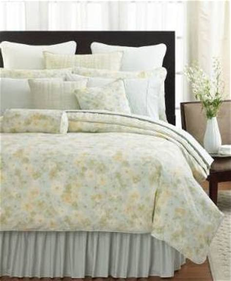 feminine comforters deliciously feminine comforters and duvets pinaywife s