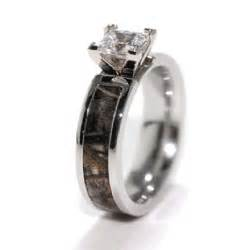 camo wedding rings sets with real diamonds camo engagement and wedding ring sets with camo