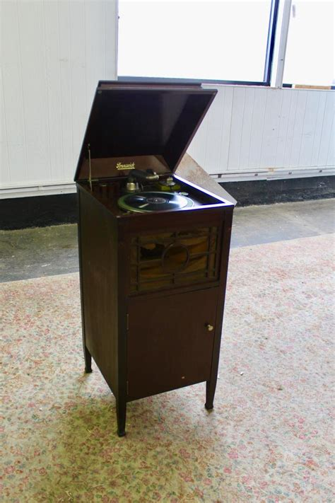 Vintage Brunswick Wood Cabinet Phonograph
