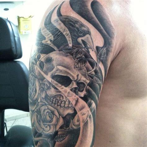 cr 226 nio corvo rosas tatuagem tatuagem e perfura 231 227 o