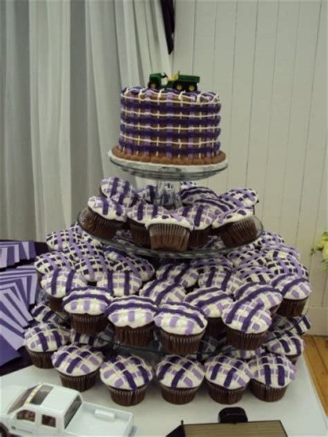 photo gallery photo of purple cupcakes