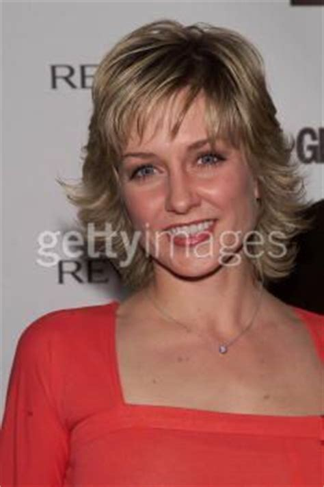 amy carlson shortest hairstyle more of amy carlson s hair hairstyles pinterest grey