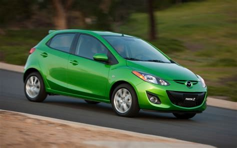 2013 mazda 2 reviews review the 2013 mazda 2 is a peppy companion the fast