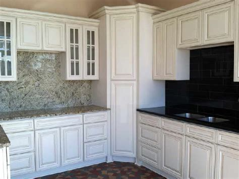 Replacement Kitchen Cabinet Doors White by Stylish Replacement White Cabinet Doors 28 Replacement
