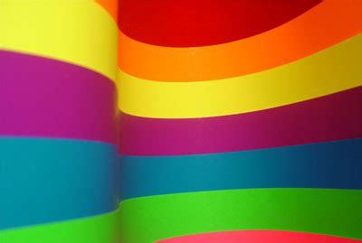 wallpaper garis warna gambar background warna warni pelangi cantik kalender 2014