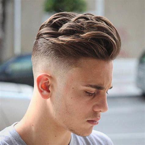 os novos cortes masculinos de 52 cortes de cabelo masculino para apostar em 2017 o