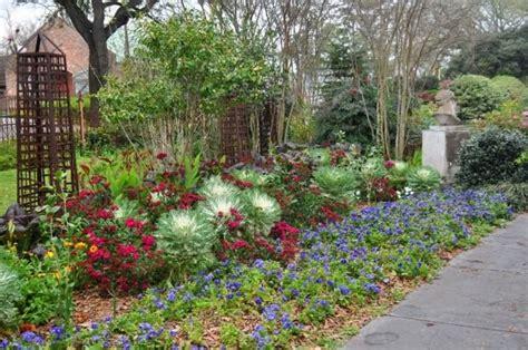 Houmas House Plantation And Gardens by Houmas House Plantation And Gardens Louisiana Lagniappe