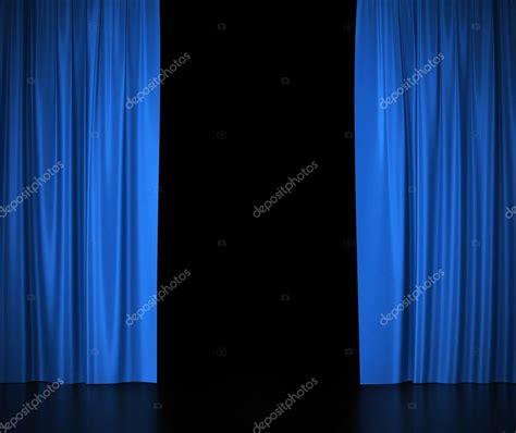 tende da cinema tende di seta aperte per teatro e cinema spotlit luce