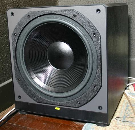 paradigm servo  subwoofer moes home theater