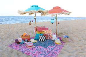 beachy picnic ideas evite