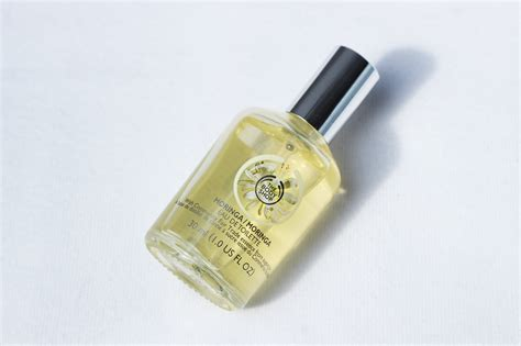1 Paket Parfume The Shop Moringa Mist 30ml Edt shop handig op reis emelina s