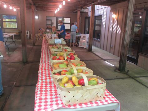 Manna Food Pantries by Waynesville Church Opens Manna Food Pantry Farmers Market