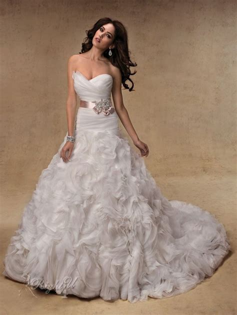Best 25  Expensive wedding dress ideas on Pinterest